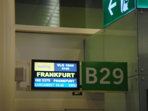 Last call to passengers for Frankfurt at gate number B 29.